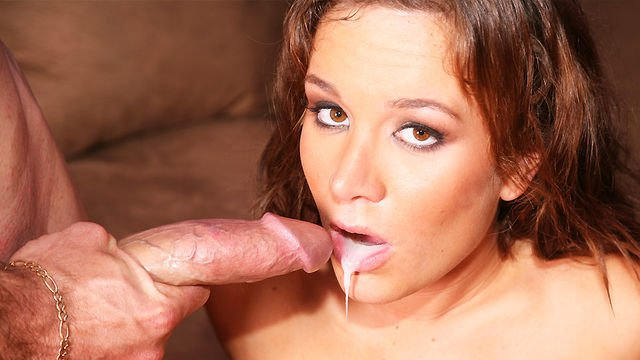 Horny Jaclyn Case tastes some sperm dripping off her hole